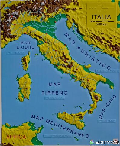 Cartina Italia Politica A Colori.Italia Fisica A Colori Prociechi Shop